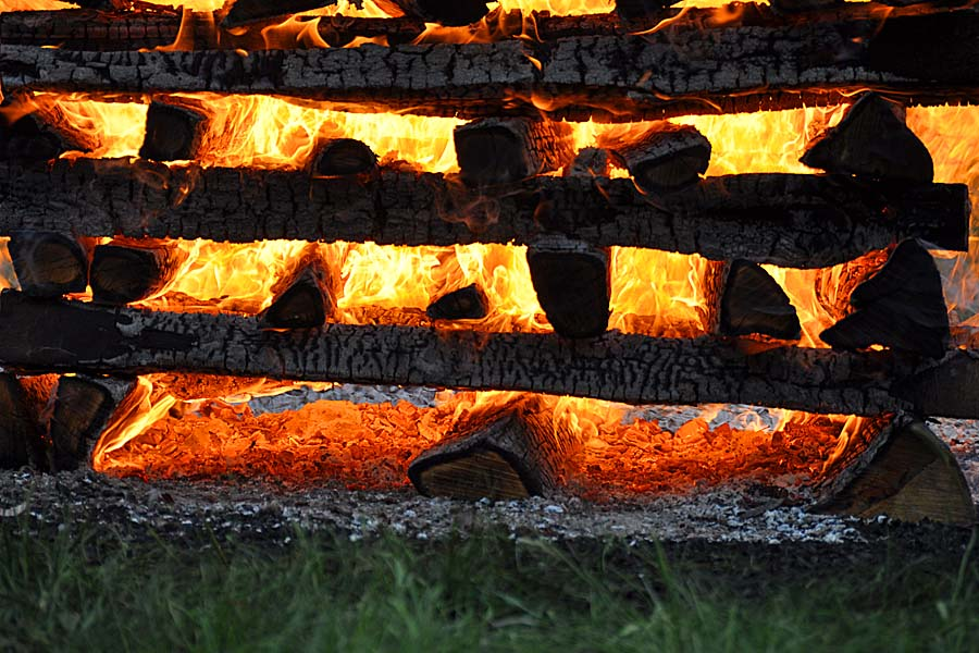 Feblissa Feuer GoldenCircle 900x600