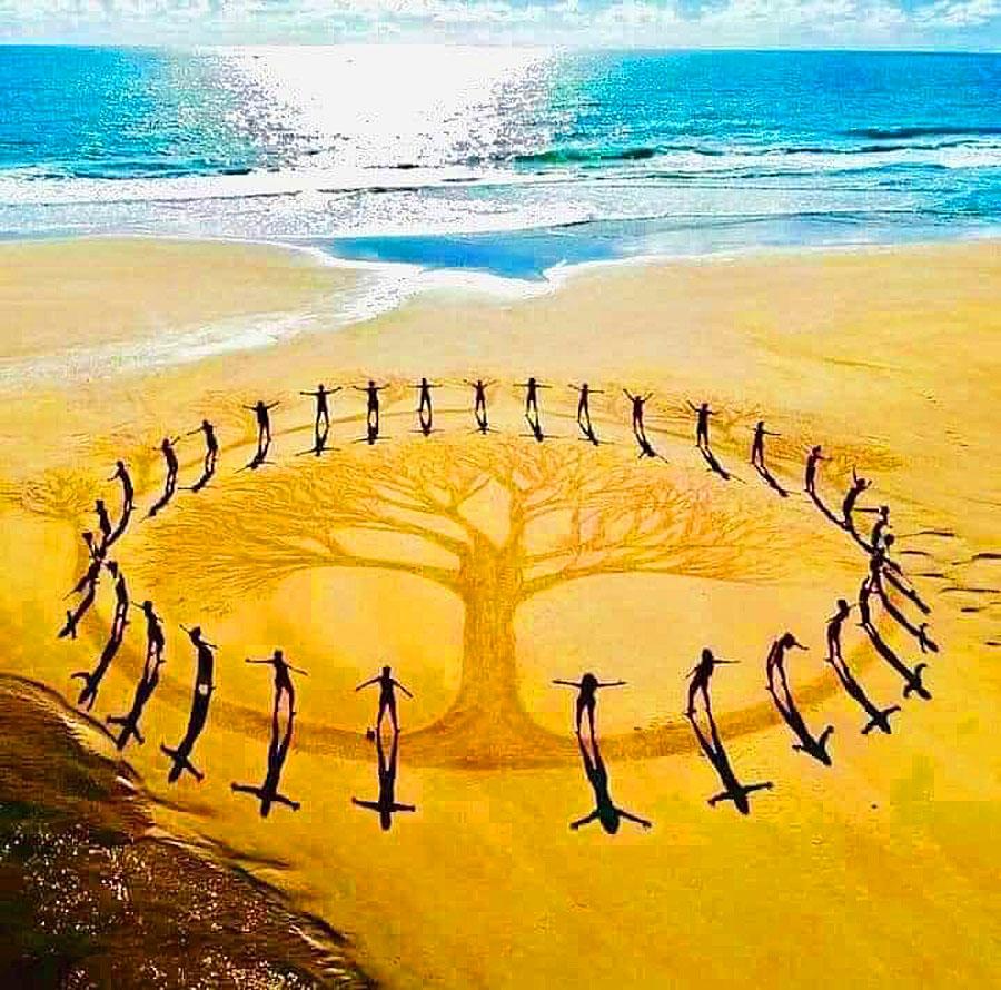 GoldenCircle Menschengruppe Meer