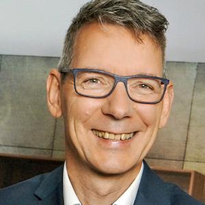 Golden Circle Member - Hans-Jürgen Becker